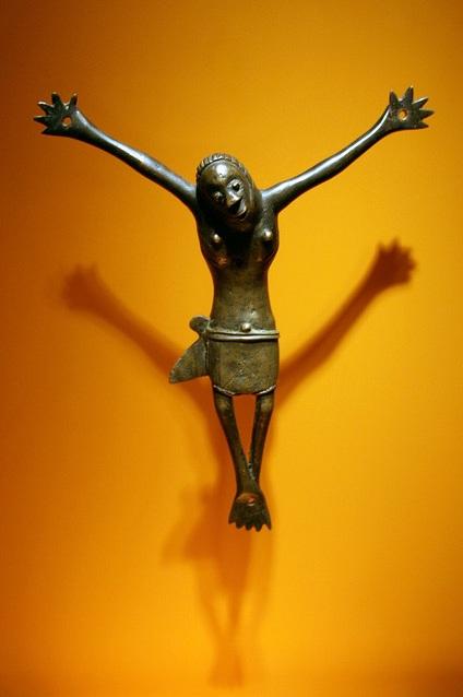 Smiling crucifix