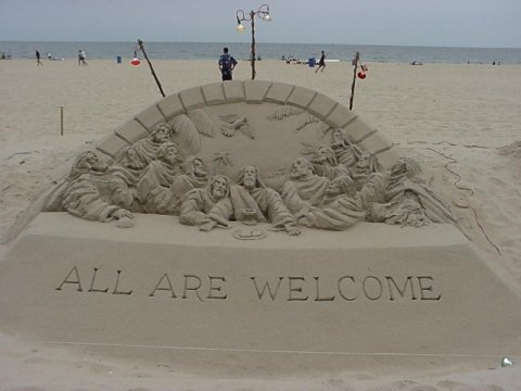Jesus sand sculpture by Randy Hofman