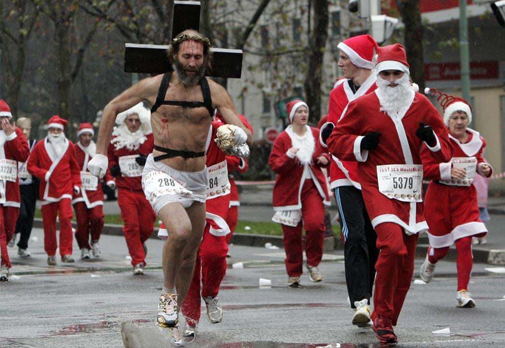 jesus in santa race - Santa And Jesus