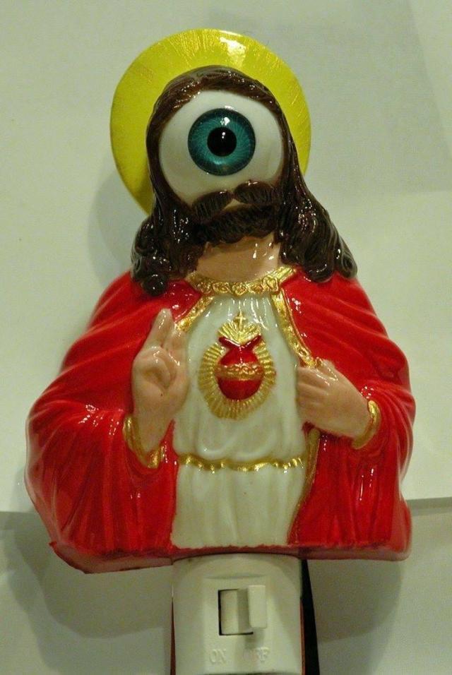 Jesus night-light (Jesus is watching)